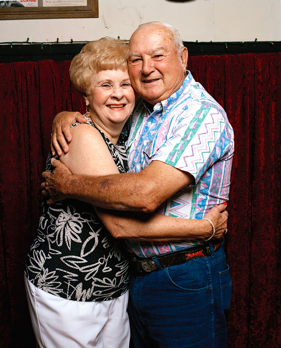 Lois&Lee_Good_sRGB